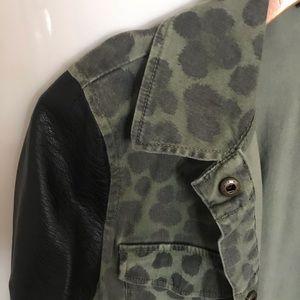 Jackets & Coats - Leopard Jacket